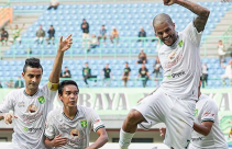 Persela vs Persebaya: Green Force Terancam Gembos - JPNN.com