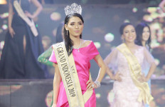 Sarlin Jones Tak Percaya Jadi Jawara Miss Grand Indonesia 2019 - JPNN.com
