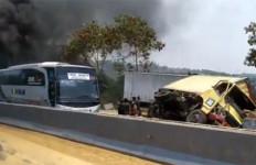 Kecelakaan di Tol Purbaleunyi, Jasa Marga Alihkan Arus Lalu Lintas - JPNN.com