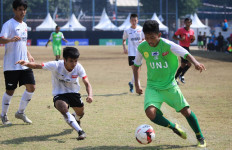 UNJ dan UMJ Adu Kuat di Final LIMA Football GJC 2019 - JPNN.com