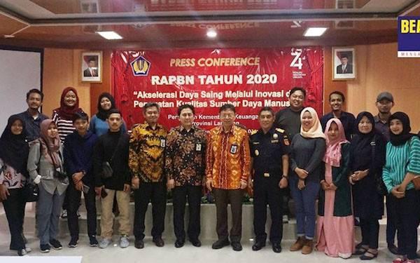Perwakilan Kemenkeu Lampung Paparkan RAPBN 2020 - JPNN.com