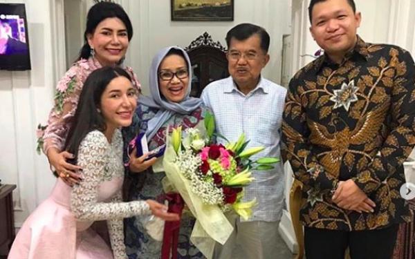 Jusuf Kalla dan Kiai Ma'ruf Amin jadi Saksi Pernikahan Dokter Cantik Ini - JPNN.com