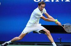 Pukul Wawrinka, Daniil Medvedev jadi Semifinalis Termuda US Open Sejak 2010 - JPNN.com