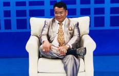 Adegan Peluk Cewek Ditegur KPI, Bang Hotman Berkomentar Begini - JPNN.com