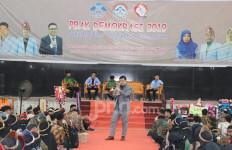 Mahasiswa Harus Berkarakter dan Giat Menerapkan Nilai-nilai Pancasila - JPNN.com