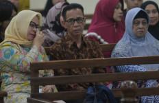 Bupati Nonaktif Mesuji Divonis 8 Tahun Penjara - JPNN.com