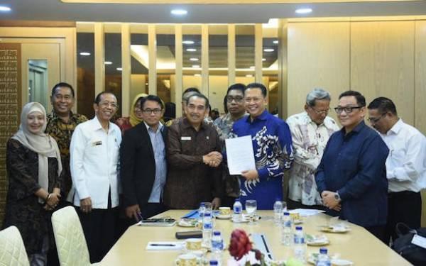 Bamsoet Harap Presiden Ingatkan Menteri Koperasi Tuntaskan RUU Perkoperasian Pekan Depan - JPNN.com