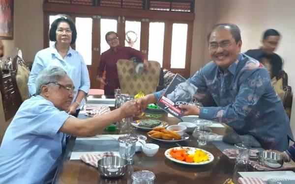 Pesan Penting dari Pak Sabam untuk Para Senator Periode 2019-2024 - JPNN.com