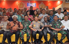 Panglima TNI Berbicara dari Hati ke Hati dengan Tokoh Lintas Agama Papua - JPNN.com
