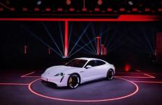 Apple Podcasts Kini Sudah Bisa Diakses Penumpang Porsche Taycan Listrik - JPNN.com