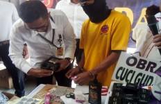 Omzet Penjualan Kosmetik Kedaluwarsa Sehari Mencapai Rp 10 Juta - JPNN.com