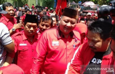 Whisnu Sakti Buana Ambil Formulir Calon Wali Kota Surabaya, Meriah - JPNN.com