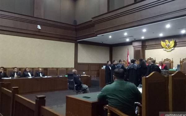 Wajah Kivlan Zen Tampak Pucat dalam Sidang di PN Jakarta Pusat - JPNN.com