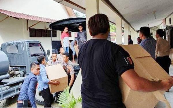 Bea Cukai dan Kepolisian Bersinergi Berantas Peredaran Rokok Ilegal di Meulaboh - JPNN.com