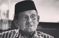 Unggah Foto BJ Habibie, Iwan Fals: Selamat Jalan, Pak - JPNN.com