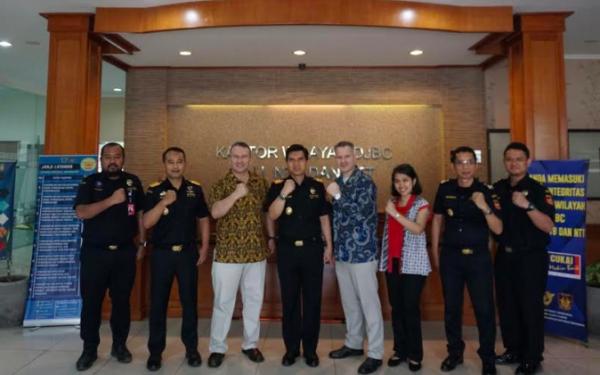 US ICE - HSI Bertemu dengan Bea Cukai Bali Nusa Tenggara - JPNN.com