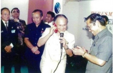 Jejak BJ Habibie di Telkomsel - JPNN.com