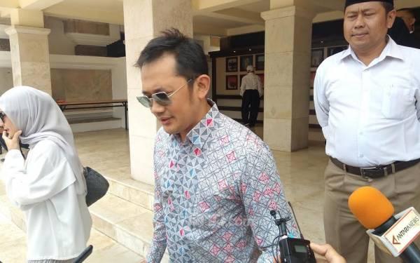 Hanung Bramantyo Tersentuh Begitu Tahu Alasan BJ Habibie Ogah Jadi Presiden Lagi - JPNN.com