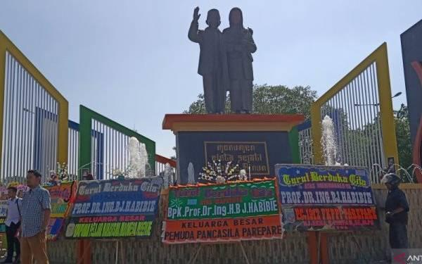Pemandangan di Monumen Cinta Sejati Habibie-Ainun, Sungguh Mengharukan - JPNN.com