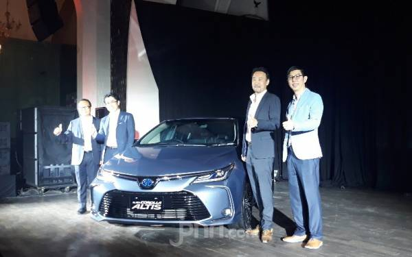 Kebaruan Toyota Corolla Altis Diklaim Lebih Menyenangkan, Harga Mulai Rp 486 Jutaan - JPNN.com