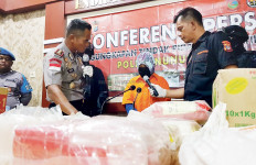 Dijanjikan Upah Rp 90 Juta, Mahasiswi Nekat Selundupkan 20 Kg Sabu-sabu - JPNN.com