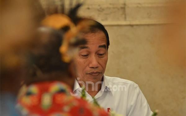 Jokowi Hari ini Penuhi Janji Pada Anak-Anak Papua - JPNN.com