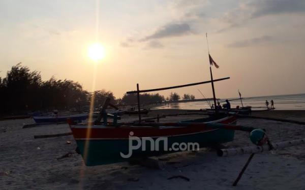 Gelombang Tinggi, Nelayan Diminta Tak Melaut - JPNN.com