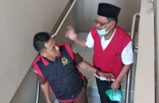Oknum Dosen Pencabul Mahasiswi Dituntut 2 Tahun 6 Bulan Penjara - JPNN.com