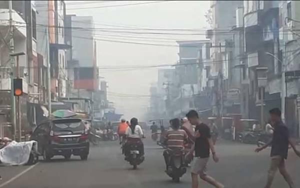 Walhi Sebut Kualitas Udara Riau Buruk, 47 Ribu Warga Kena ISPA - JPNN.com