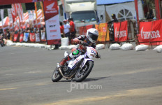 Cerita Valentino Rossi Menggeber Honda Sonic - JPNN.com