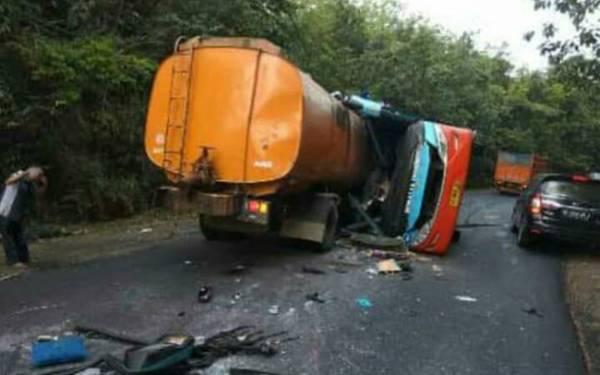 Kecelakaan Maut Bus Rosalia Indah vs Truk Tangki CPO, 13 Orang Tewas - JPNN.com