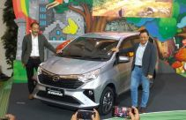 Daihatsu Sigra Facelift Hadir Tak Kalah Modis, Harga Lebih Murah dari Calya - JPNN.com