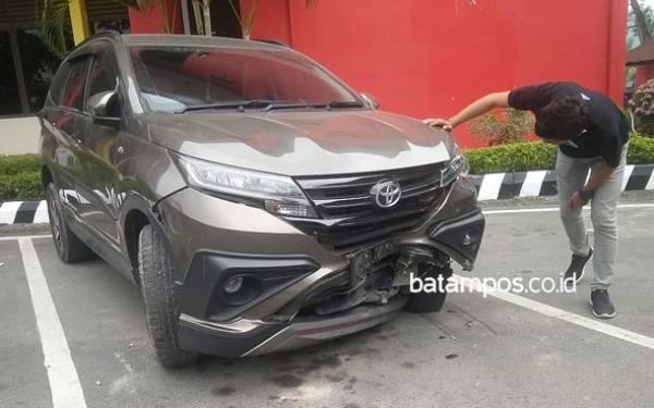 Remaja Pencuri Toyota Rush Teman Satu Kelas Itu Nekat Tabrak Mobil Polisi - JPNN.com