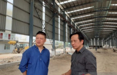 Perusahaan Asal Tiongkok Bangun Pabrik Besi di Batam - JPNN.com