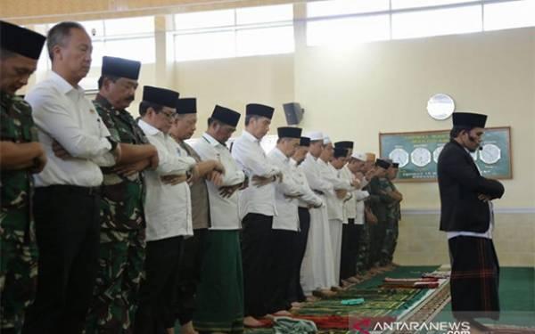 Jokowi Minta Hujan - JPNN.com