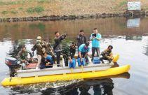 Sungai Citarum Masih Tercemar Limbah, Satgas Tebar Bakteri - JPNN.com