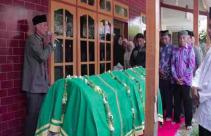 Pesta Miras Berujung Maut, Tiga Pemuda Tewas - JPNN.com