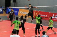 Universitas Trisakti Rebut Gelar LIMA Volleybal GJC - JPNN.com