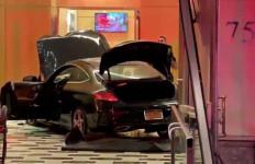 Mobil Mercy Hantam Gedung Trump Plaza, Dua Orang Jadi Korban - JPNN.com