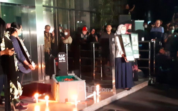 Revisi UU KPK: Bendera Kuning Berkibar, Lembaga Antikorupsi Sudah jadi Pusara - JPNN.com