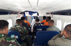 Tim Pencari Pesawat Hilang di Papua Terpaksa Balik Kanan di Ketinggian 7.000 Kaki - JPNN.com