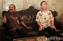 Temui Ketua DPC PDIP Solo, Gibran Rakabuming Tertarik Maju jadi Cawalkot? - JPNN.com