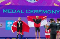 Lisa Setiawati Sumbang Emas Pertama Indonesia di Kejuaraan Dunia Angkat Besi - JPNN.com
