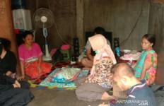 Innalillahi, Bayi Meninggal Diduga Terpapar Kabut Asap - JPNN.com