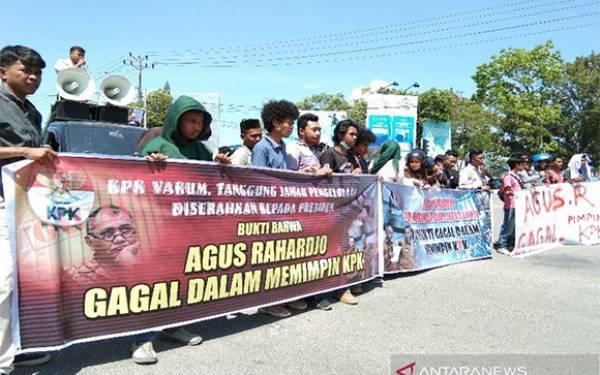 Mahasiswa Minta Agus Rahardjo Mundur dari Jabatan Ketua KPK - JPNN.com