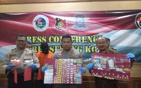 Penjual Obat Keras Ditangkap Polres Serang - JPNN.com