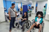 Tawuran Antarwarga di Tebet, Lima Korban Kena Bacok dan Siraman Air Keras - JPNN.com