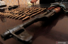 Baku Tembak dengan Polisi, Pimpinan KKB Tewas, Wan Neraka Kritis - JPNN.com