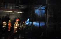 Gudang Paralon di Sukabumi Terbakar, Warga Panik, Mencekam - JPNN.com