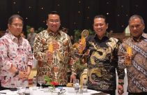 Ketua DPR dan Dua Menteri Raih Indonesia Digital Initiative Awards 2019 - JPNN.com